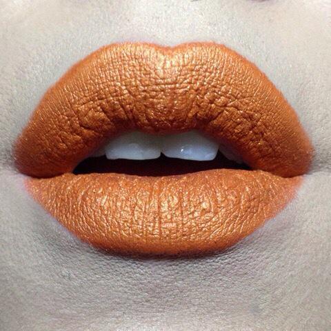 kat von d studded kiss lipstick solo