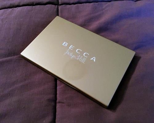 becca cosmetics champagne glow palette