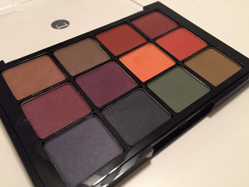 viseart dark matte palette open