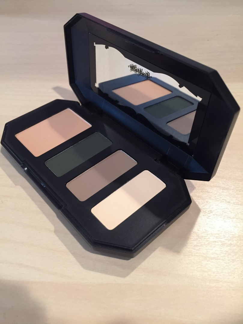 kat von d shade and light eyeshadow sage quad