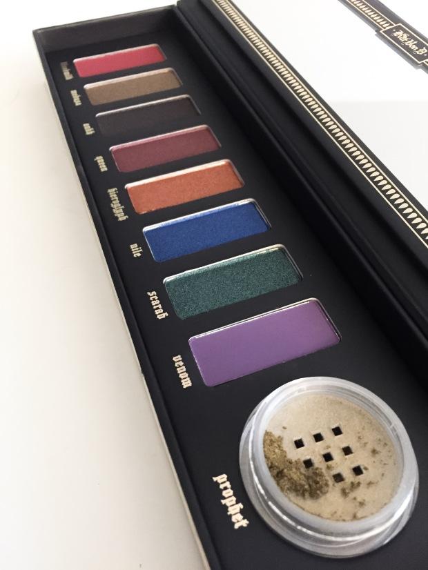 kat von d serpentina palette eyeshadows and pigment